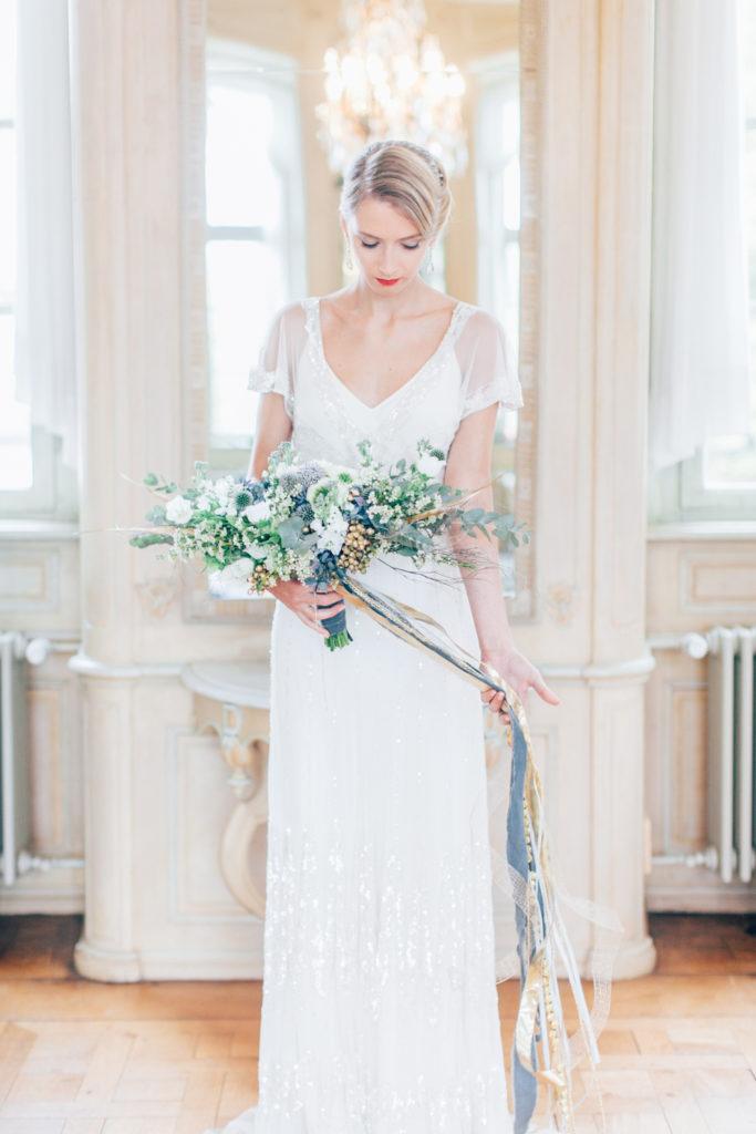 bride, bridal bouquet, wedding flowers