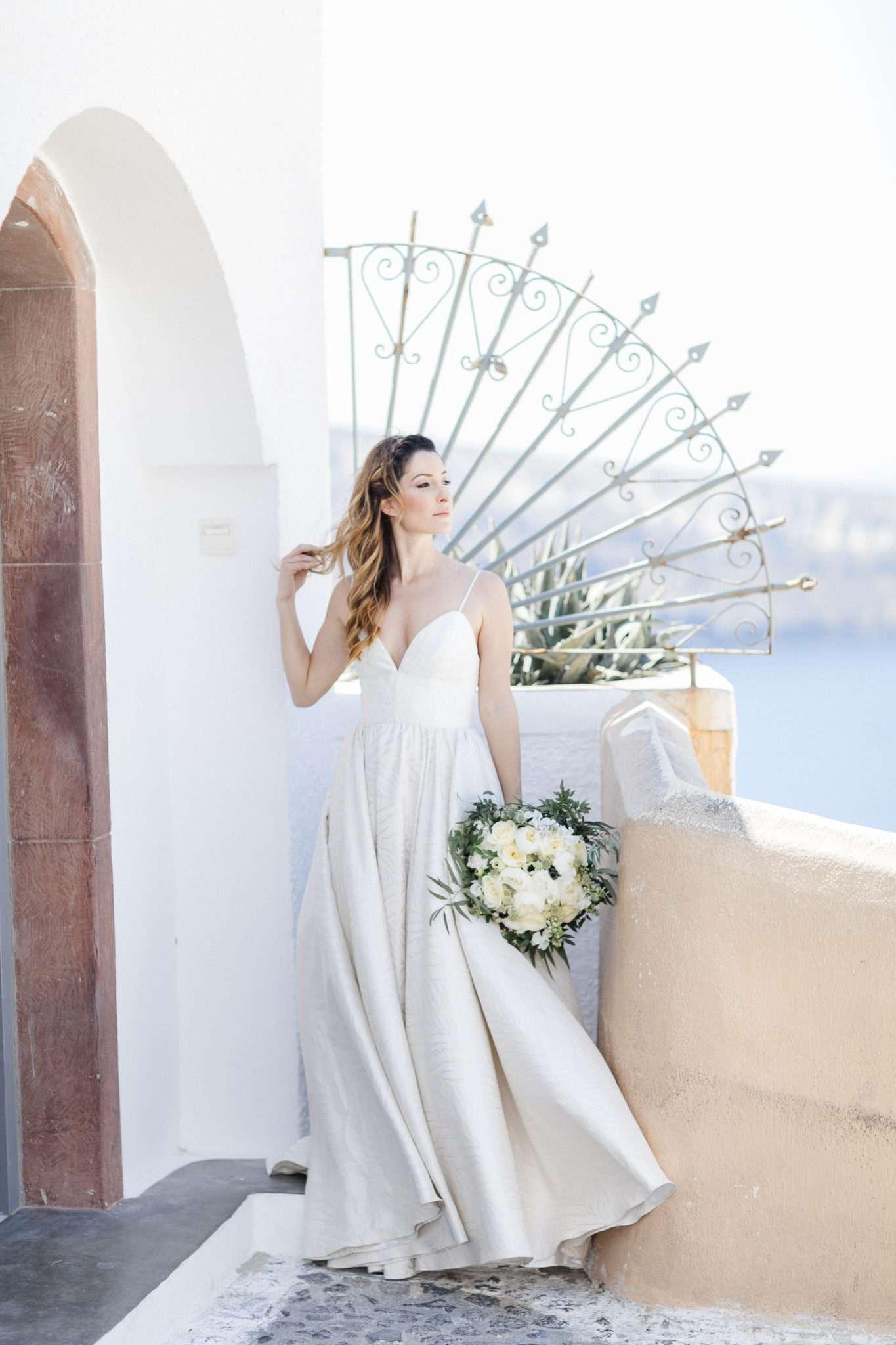 8227481727c Greek island dream  The perfect Santorini wedding in 5 steps