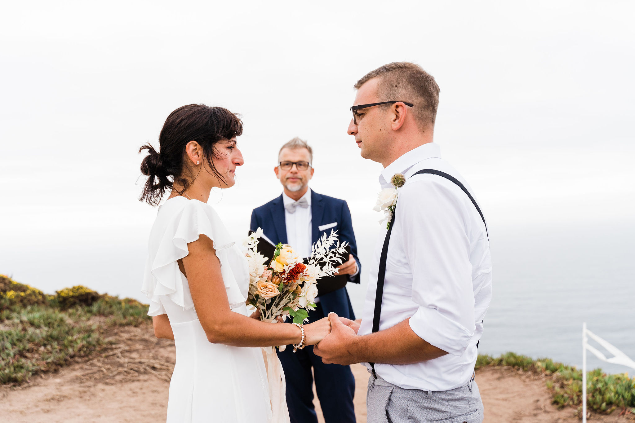 wedding couple, elopement in portugal, beach wedding