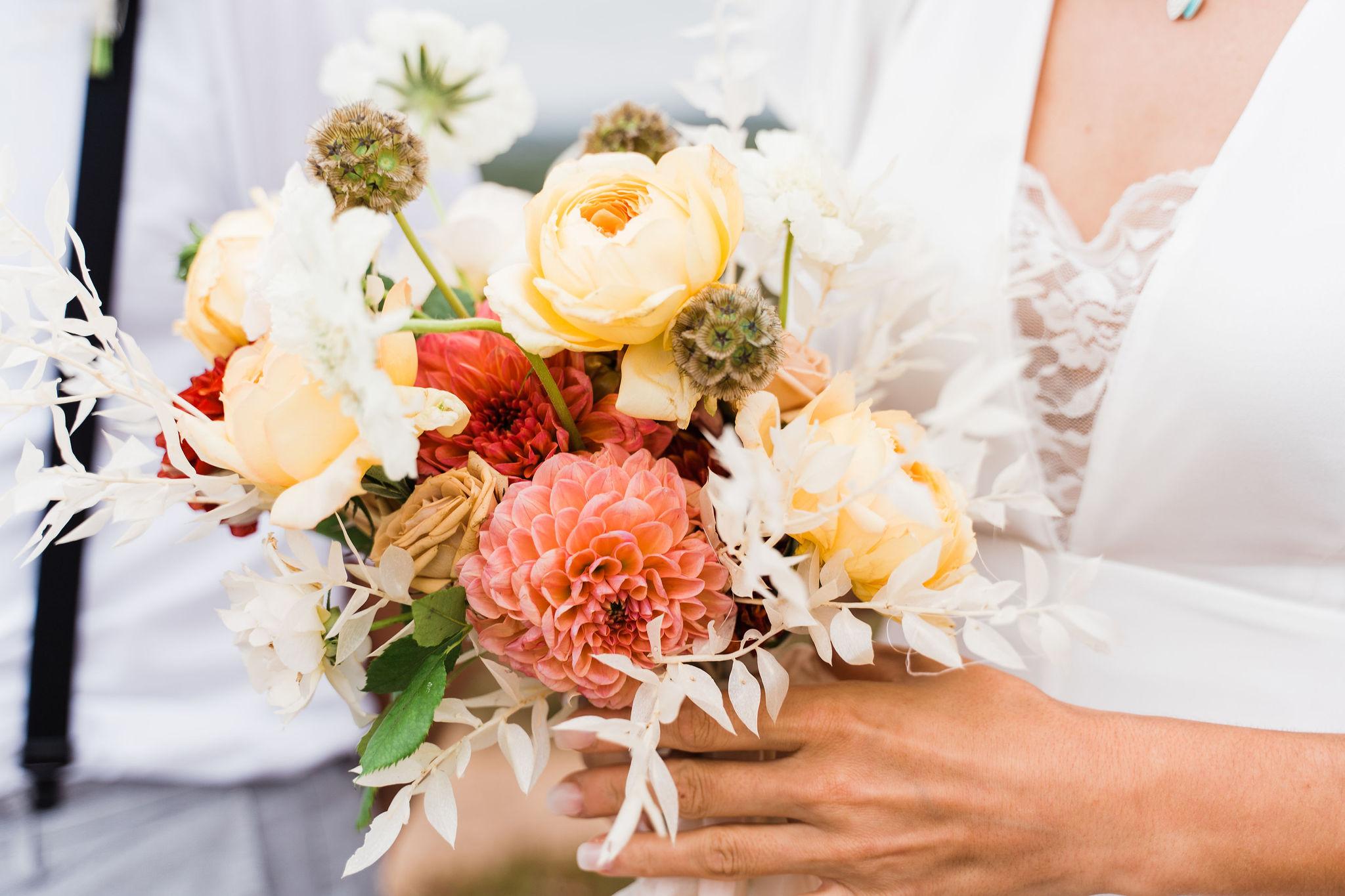 wedding bouquet, bridal flowers, portugal wedding