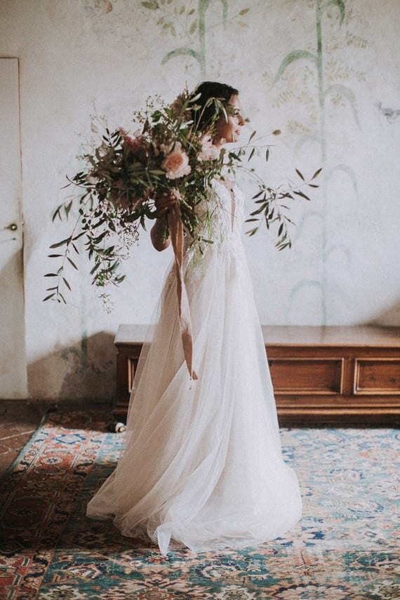 Villa Catreglio Bride Flower Bouquet Wedding Dress