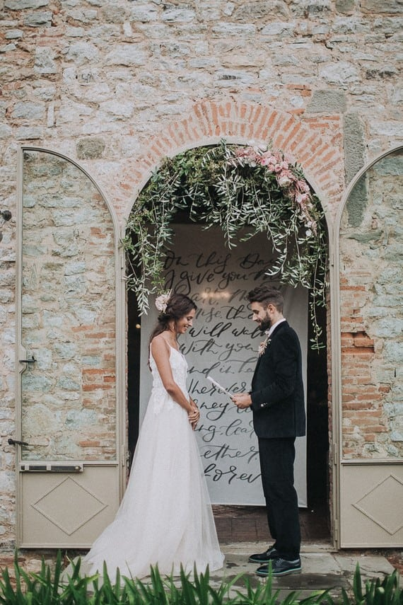 Villa Catreglio Tuscany Wedding Bride Groom Ceremony