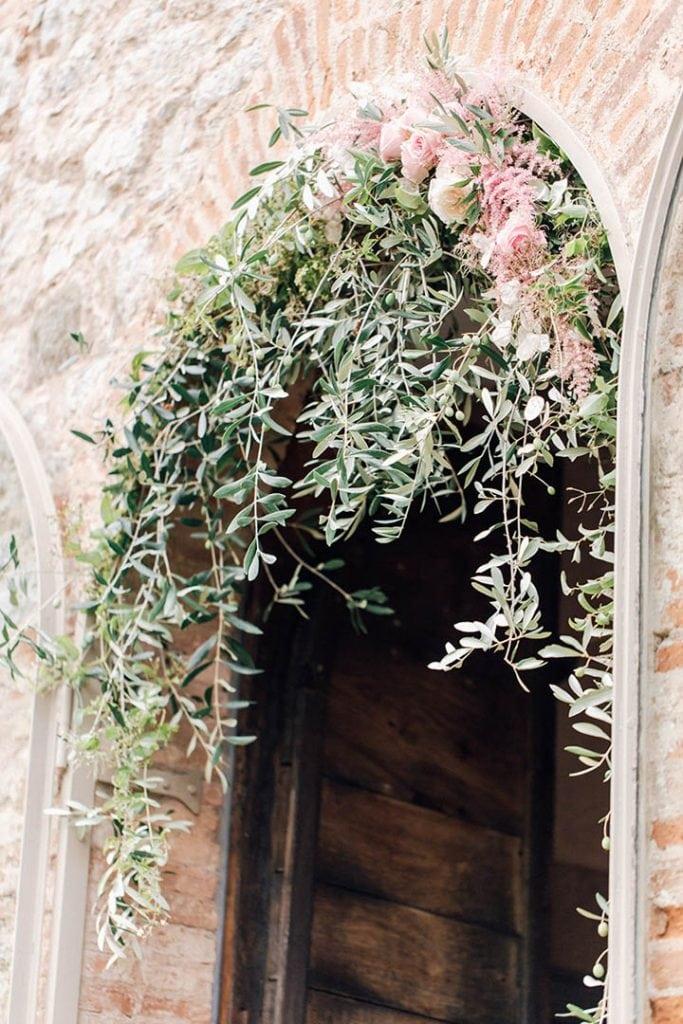 Villa Catureglio Tuscany Wedding Arch Ceremony Backdrop