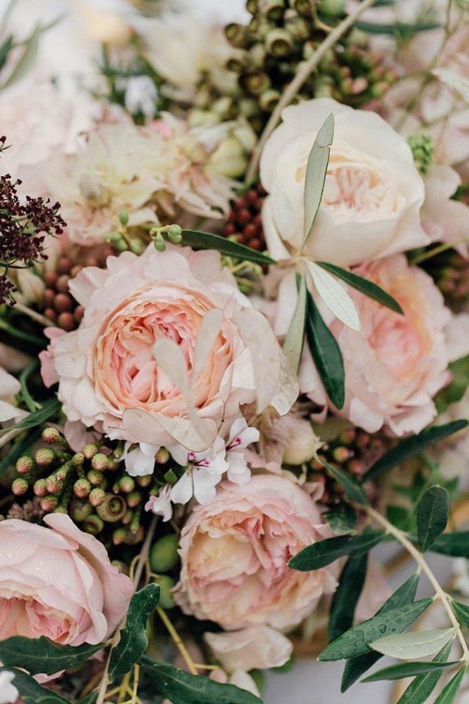 Villa Catureglio Tuscany Wedding Garden Roses