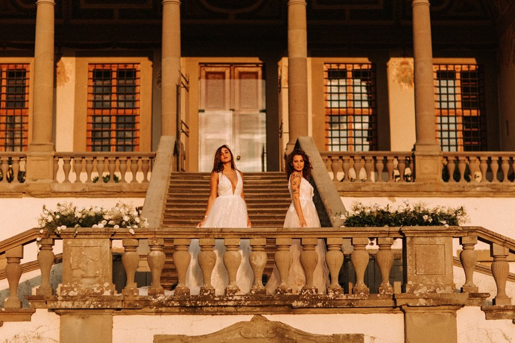 2 brides at Villa Medicea