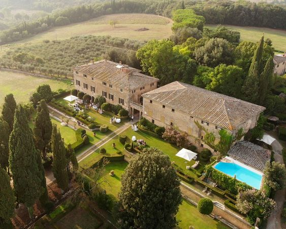 Borgo Stomennano Tuscany Wedding Overview