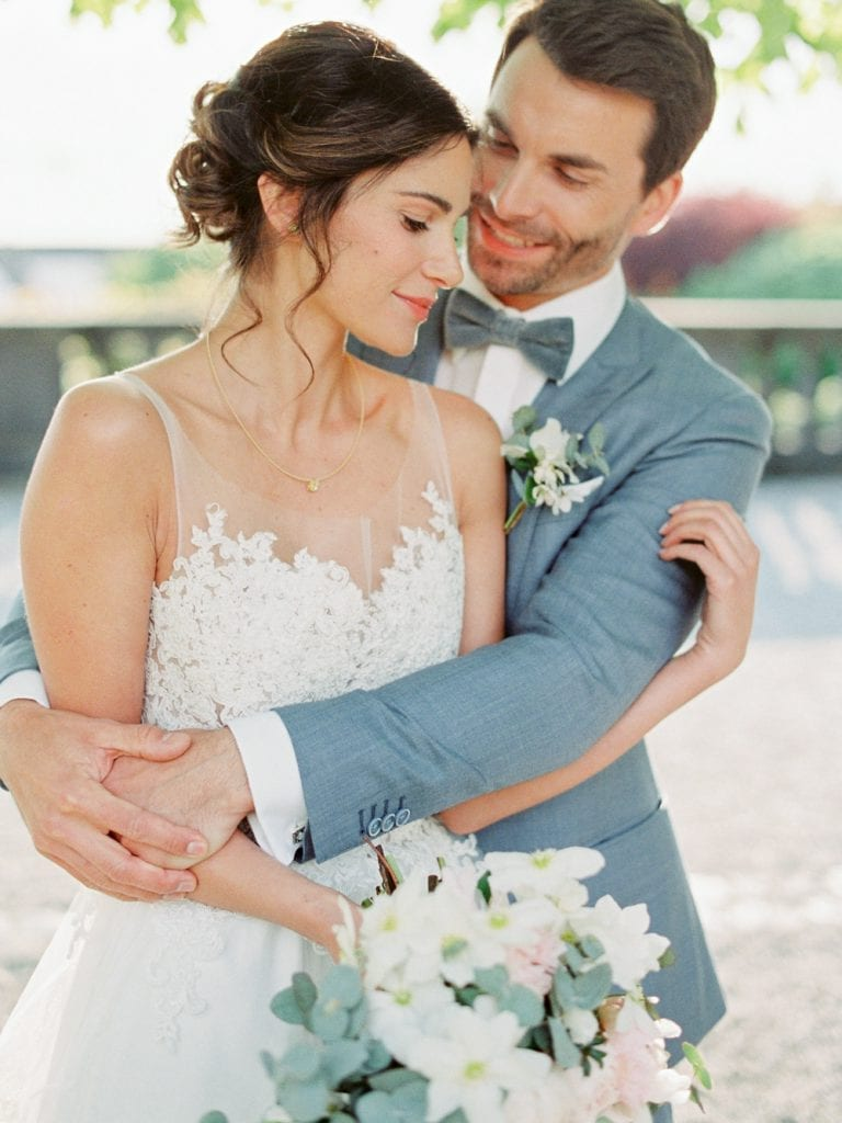 wedding couple getting married in germany wedding castle in germany wedding venue germany velvet themed wedding dusty blue color palette