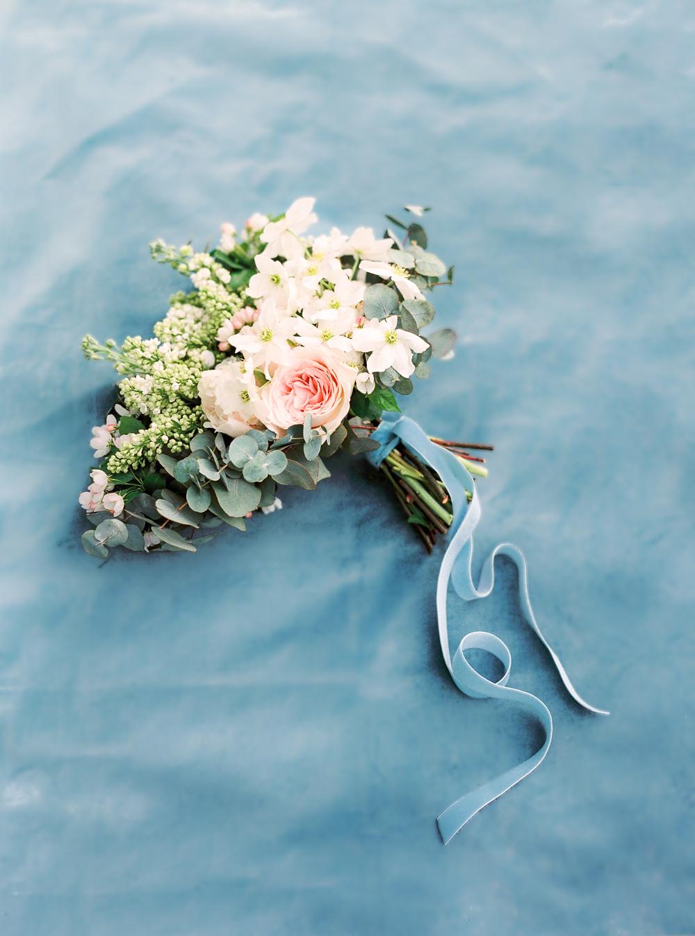 wedding trends, wedding trend 2019, wedding inspiration, wedding bouquet, dusty blue