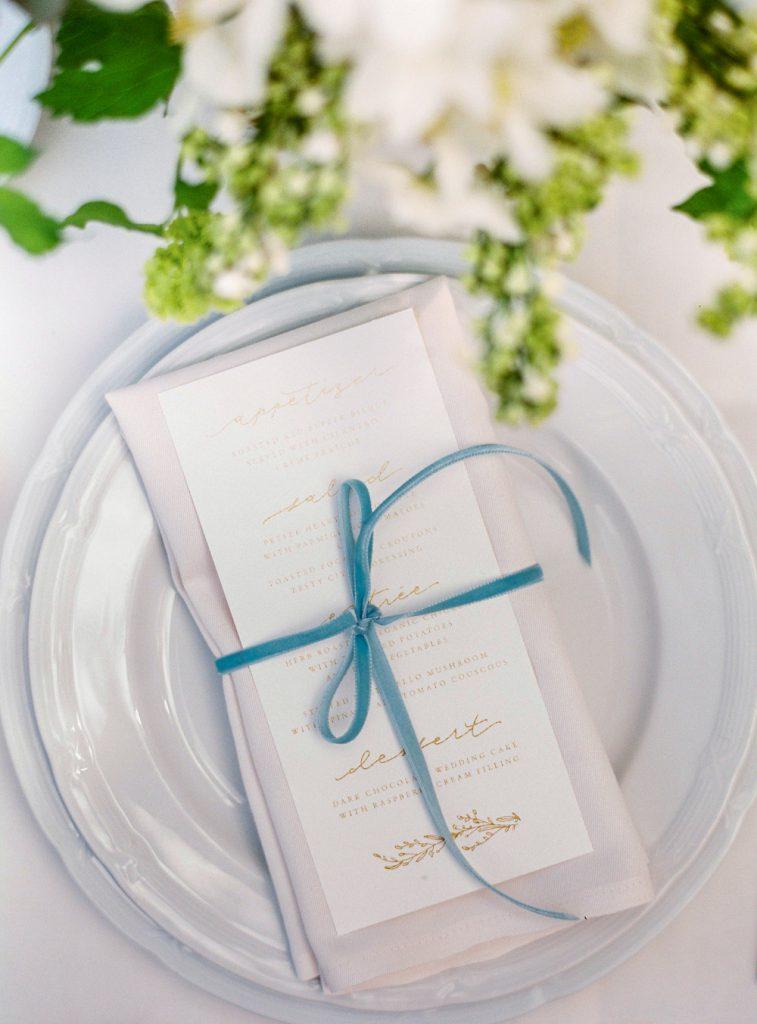 wedding trends, wedding trend 2019, wedding inspiration, wedding decoration, dusty blue