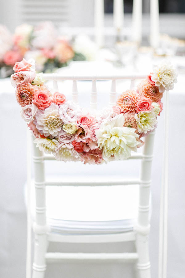 wedding trends, wedding trend 2019, living coral, pantone color of the year, wedding inspiration, wedding chair decoration