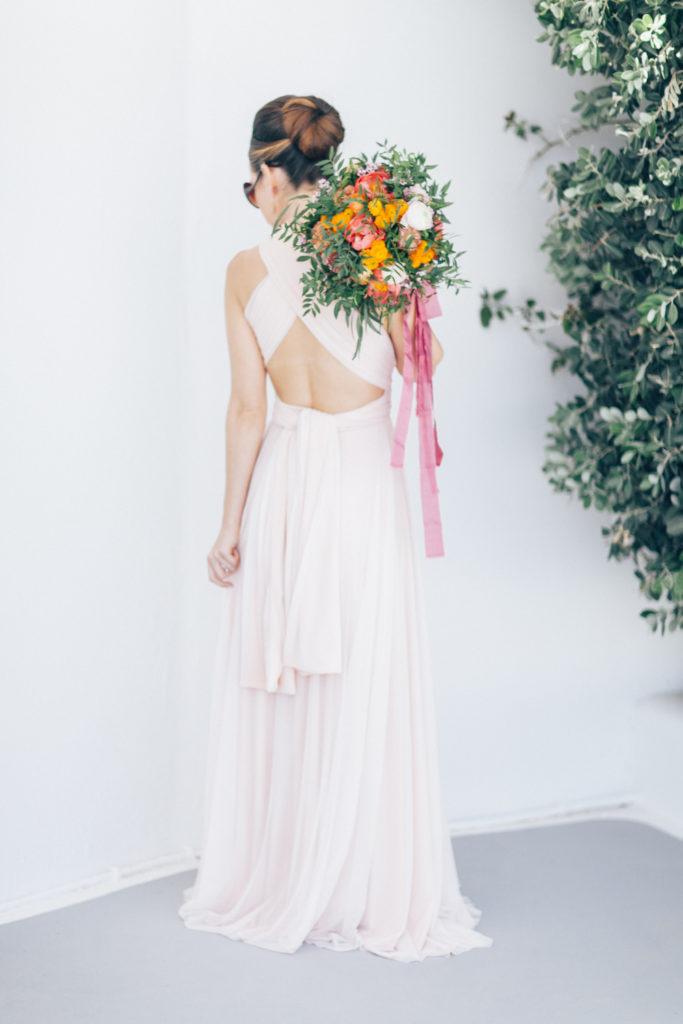 bride, bridal bouquet with orange, summer wedding