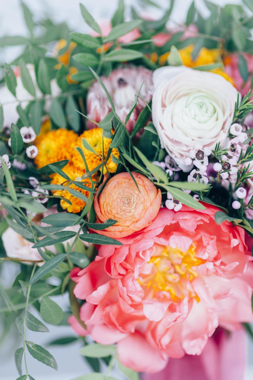 floral details, wedding flowers