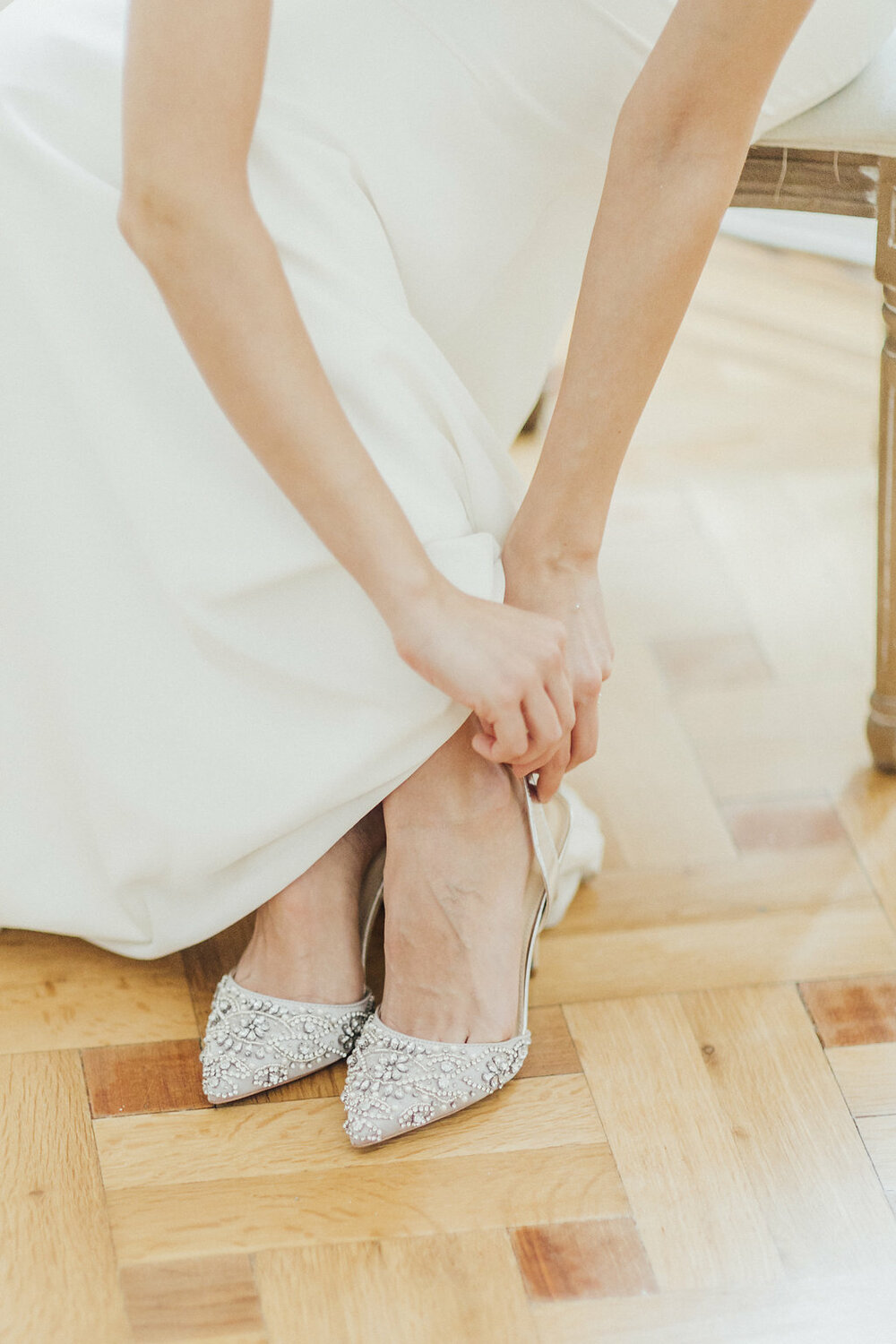 wedding shoes, wedding shoes in silver