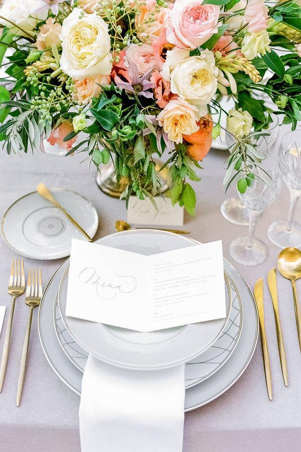 wedding in provence, provence wedding table, wedding flowers, wedding table decoration
