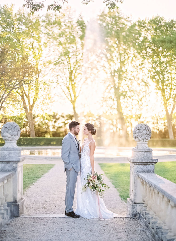 chateau de tourreau, wedding in provence, wedding in france, wedding in a garden, couple, ceremony, wedding venue in provence