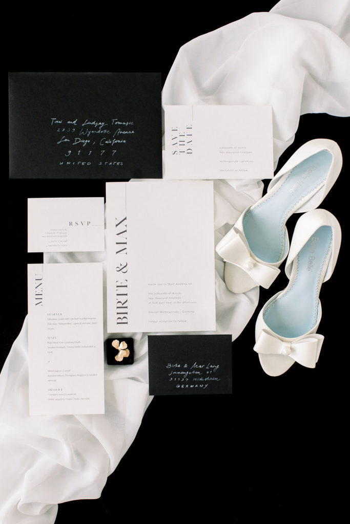 black-white-wedding-stationary-flatlay-1