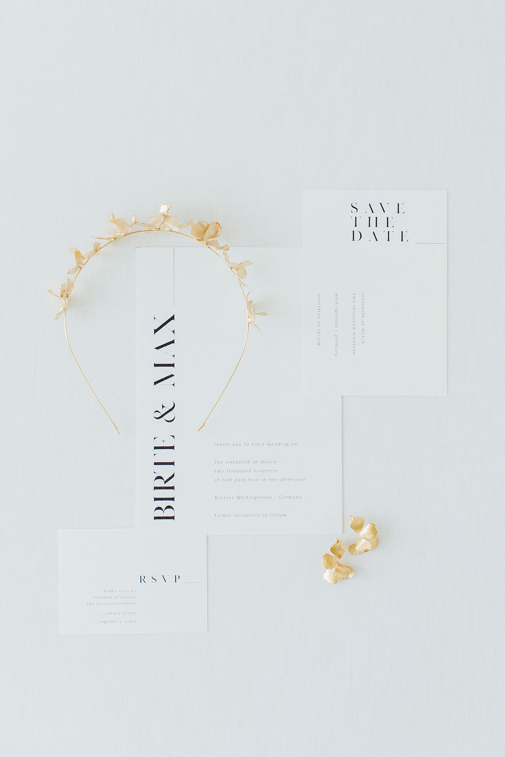 black-white-wedding-stationary-headpiece-maison-sabben