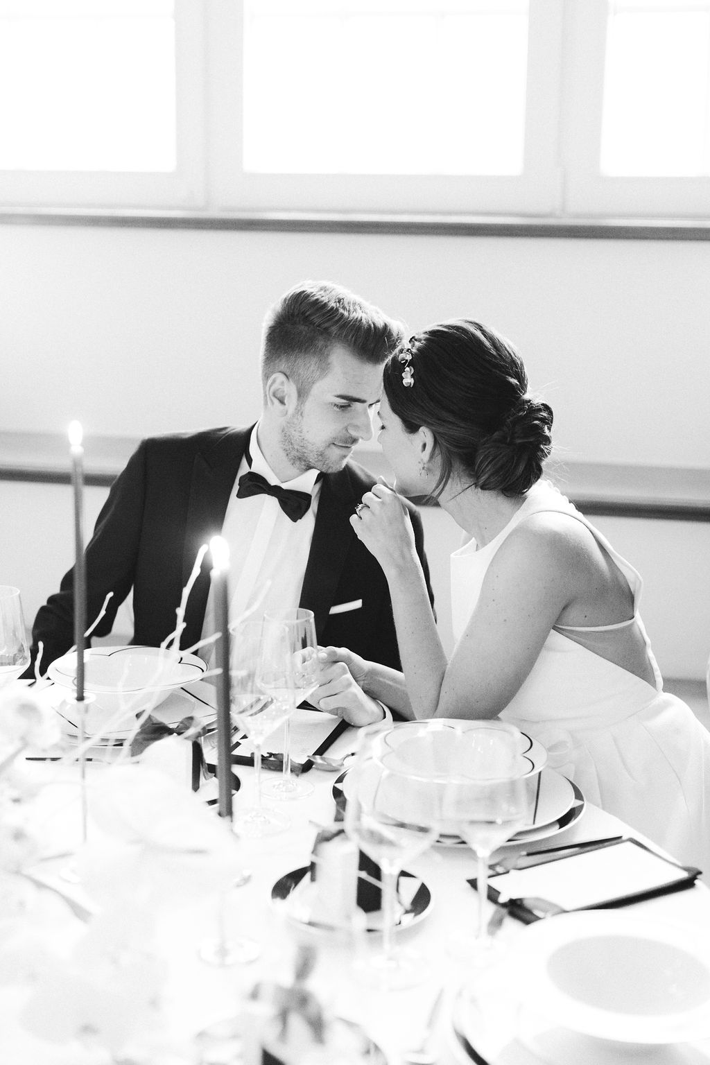 kloster-woeltingerode-black-white-wedding-couple-3