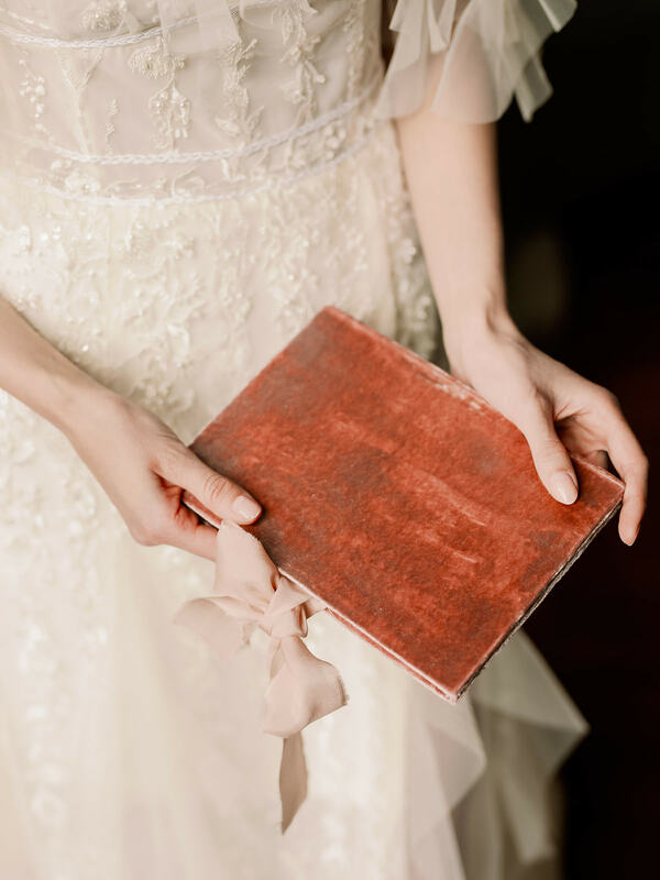 vow book, wedding details