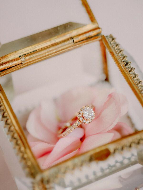 wedding ring, ring box, wedding bands